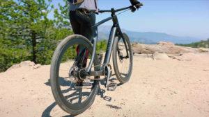 Das E-Bike Superstrata E lässt sich auch als Gravel-Bike konfigurieren.