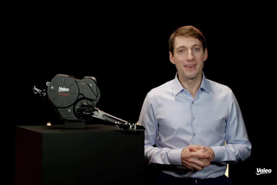 Keynote zum neuen Antrieb Smart für E-Bikes von Valeo mit CTO Geoffrey Bouquot