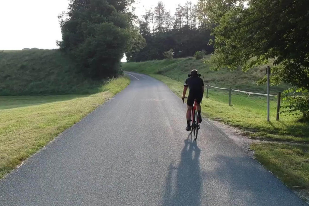 Testfahrt mit E-Rennrad für E-Bike-Soundanalyse von Fazua